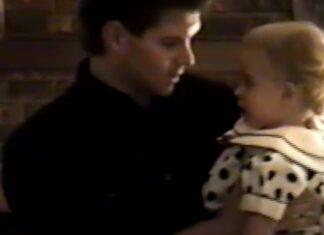 Pai faz vídeo a dançar com a filha desde a nascença até ao casamento
