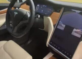 Condutor de Tesla filma carro a conduzir sozinho enquanto está no banco do passageiro