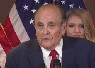 Advogado de Trump passa vergonha ao escorrer suor e tinta de cabelo
