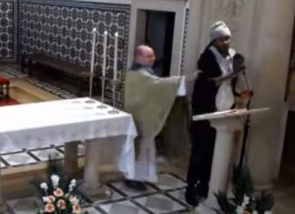 Homem interrompe missa em direto para mandar católicos saírem de África