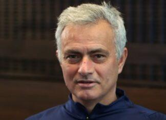 José Mourinho envia mensagem especial a campeão de dardos português