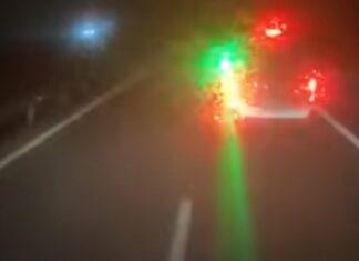 Motorista da Nacex aponta laser para olhos de condutor que seguia atrás