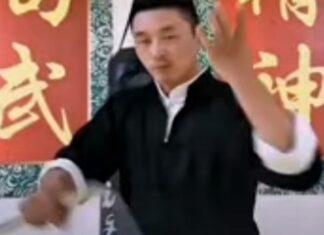 Ninja mostra todo o seu talento com matracas