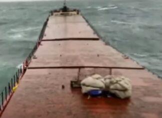 Navio de carga parte-se a meio e afunda no Mar Negro