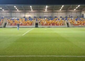 Clube do 6.º escalão inglês tem estádio de 50 milhões de euros