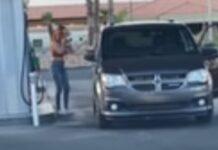 Mulher passa sérias dificuldades para abastecer o carro