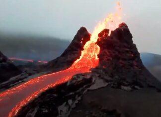 Fotógrafo capta imagens lindas de erupção de vulcão na Islândia com drone