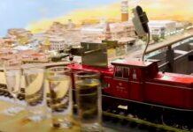Comboio miniatura toca 9 minutos de música clássica em copos