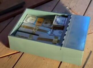 Família encontra tesouro de avô no sótão de sua casa
