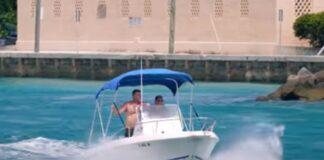 Família passa por dificuldades em barco na Flórida
